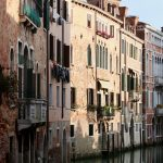 Venice and coronavirus COVID-19: the chronicle of a transition