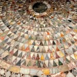 Venetian floors in terrazzo, marble and glass mosaics: what makes them special